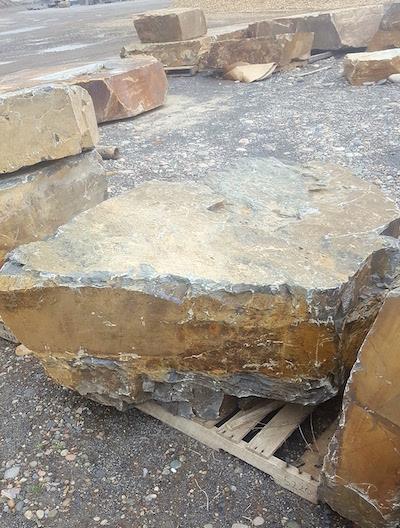 10-mile-boulders