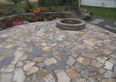 3 river patio ledge stone wolverine rock and mulch for How to build a river rock patio
