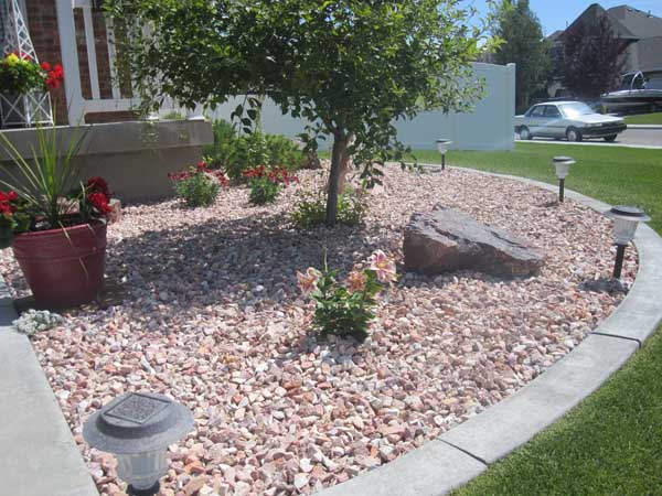 Idaho falls landscaping products wolverine rocks rubber for Landscaping with rocks